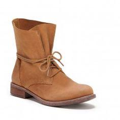 Super cute boots!