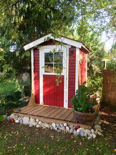 Notre cabane au fond du jardin est enfin terminée... Dédicace spéciale pour Armelle!