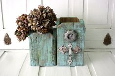 Rustic Junk Chic Industrial Pallet Wood Double by AWeatheredHome