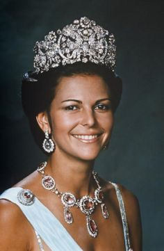 Queen Silvia of Sweden wears the Braganza Tiara on 08 October 1976