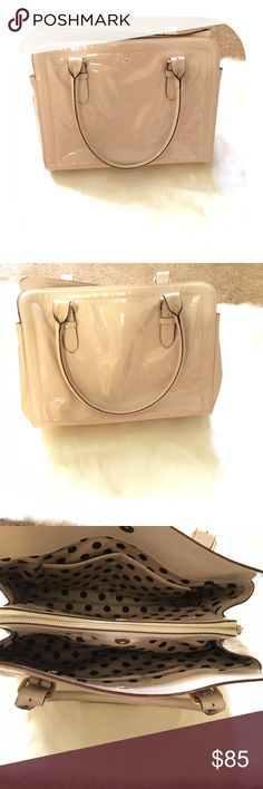 """Authentic Kate spade tote Super spacious gently used in great condition. Dimensions are 13.5""""x8""""x6"""" Bags Totes"""