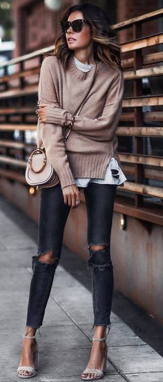 how to style a nude sweater : bag + white top + ripped jeans + heels
