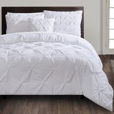 I have a quilt cover just like this for the bedroom - bought from Spotlight