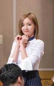 Image result for xuan yi wjsn Yuehua Entertainment, Starship Entertainment, Xuan Yi, Air Force Blue, Cheng Xiao, Fandom, Ecchi Girl, Cosmic Girls, Korean Girl Groups