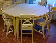 Pyöreä ruokapöytä Ø 160 cm, puuvalmis tervaleppä