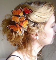 Ideas on how to incorporate butterfly into wedding day ensemble : wedding Butterfly Hair