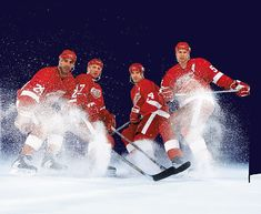 Detroit Red Wings Chris Chelios (24), Brett Hull (17), Brendan Shanahan (14) and Nicklas Lidstrom pose for the 2002 SI Hockey Preview.