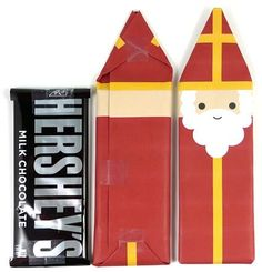 Cute idea to celebrate St. Nicholas Day (Dec 6). A printable wrapper for full size candy bars.