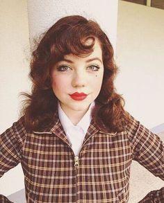 🦂🦂 🌴Jacket: @missladybug.ca 🌴 #vintagefashion#vintagestyle#vintagehair#1940#forties#1950#1950s#pincurls Vintage Instagram, 1950s, Style Inspiration, Jacket, My Style, Fashion, Moda, Fashion Styles, Jackets