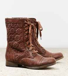 Minnetonka Tramper Ankle Boot | American Eagle Outfitters