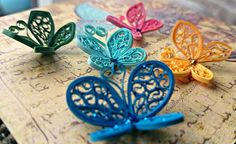 A collection of quilled butterflies - by: Quilling Owl Quilling Butterfly, Quilling Paper Craft, Quilling Jewelry, Quilling Craft, Quilling Flowers, Paper Crafts, Quilling Ideas, Butterflies, Paper Quilling For Beginners