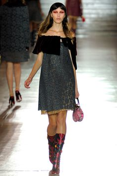 Spring 2012 Ready To Wear Collection
