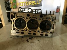 2003 AWY  VOLKSWAGEN VW SKODA 1.2 PETROL ENGINE CYLINDER HEAD WITH A COVER 03D103475C 03D103374F