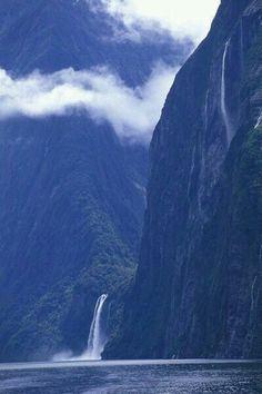 Millford Sound New Zealand