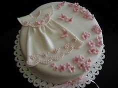 Christening Dress In Pink Taufkleid In Pink Quick saves (Visited 18 times, 1 visits today) Fondant Baby, Fondant Cakes, Cupcake Cakes, Torta Baby Shower, Christening Cake Girls, Baptism Cakes For Girls, Religious Cakes, Baby Girl Cakes, Communion Cakes