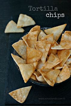 Come preparare le patatine tortilla chips fatte in casa ricetta recipe mexican tortilla chips