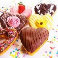 """""""Heart Shape Donuts"""" -Valentine's Day Special - Valentinstag Essen Creative Valentines Day Ideas, Valentines Day Food, Valentine Day Special, Valentines Sale, Valentine Cards, Donut Store, Candy Birthday Cakes, Weird Food, How To Make Chocolate"""