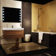Tiny Bathroom Design With Bathtub http://hative.com/small-bathroom-design-ideas-100-pictures/