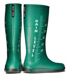green, green wellies, green rain boots, rain, raining, rain boots, wellies, rain level, rain level boots