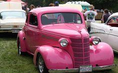 What pink car? | Flickr: Intercambio de fotos