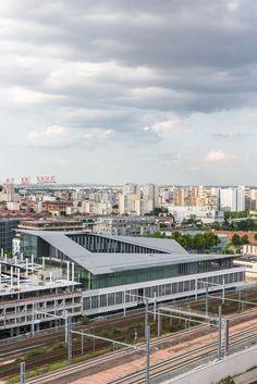 Galeria de Complexo de Instalações Públicas Macdonald / Kengo Kuma & Associates - 7