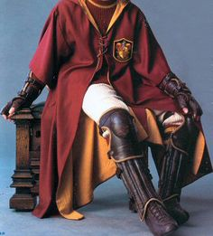 Cosplay Island | View Costume | Whatsername21 - Gryffindor Quidditch Player