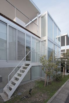 Shakujii Apartment by SANAA