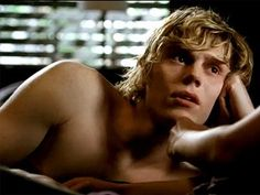 I'm in love!!! I love Evan Peters! <3