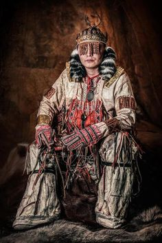 Nganasan man in shaman clothing © Alexander Khimushin / The World In Faces in 2020 People Of The World, Real People, Amur River, Siberia, Character Art, Character Design, Character Inspiration, United Nations General Assembly, Indigenous Art