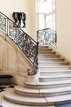 Musée Rodin by Paris in Four Months ~ Auguste RODIN. Born in France Worldwide famous for his sculptures and drawings. Parisian Apartment, Paris Apartments, Mansion Homes, Interior Architecture, Interior Design, Interior Stairs, Stair Railing, Railings, Bannister