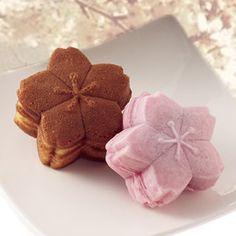 Japanese sweets, Sakura from Tokyo さくらの人形焼・さくら焼