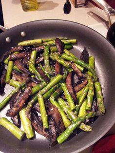 Asparagus and portabello mushrooms