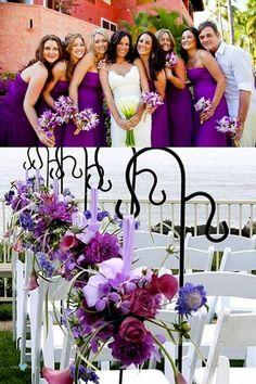 Damas de honor en ultra violeta y caballero de honor en rosa lavanda.  Arreglos florales abc85ce6fd0