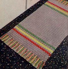 Gray Striped Rug – Free Crochet Pattern