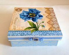 Caixa decorada em mdf - Flores Azuis