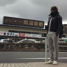 hiroshi_tanahashi おはよう。今日は埼玉県久喜市へ。#一関駅 #一関温泉郷 #靴買ってません  2017/04/01 10:15:41