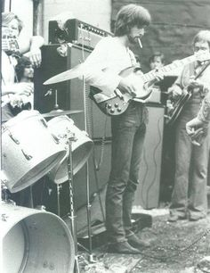dan abnormal  — deathhasnomercy:   Eric Clapton  Blind Faith tour...