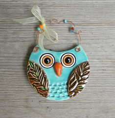 Aqua Ceramic Owl Ornament hang on paper mache trees Cute Polymer Clay, Polymer Clay Creations, Polymer Clay Crafts, Ceramic Owl, Ceramic Pottery, Owl Sewing, Clay Owl, Clay Art Projects, Owl Ornament