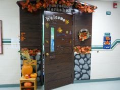 The door decorated another way for fall.