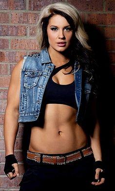 Kaitlyn-WWE Divas