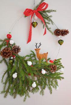 Christmas Wreaths, Christmas Crafts, Christmas Ornaments, Construction Paper, Xmas Tree, Decoration, Holiday Decor, Diy Tutorial, Flakes