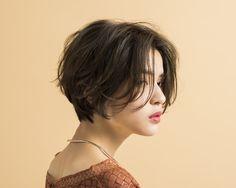Asian Short Hair, Girl Short Hair, Short Hair Cuts, Short Hair Tomboy, Messy Short Hair, Tomboy Hairstyles, Hairstyles Haircuts, Pretty Hairstyles, Androgynous Hair