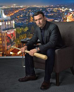 Liev Schreiber. I don't know what it is about this man, but ever since the show Ray Donovan came on, I've been giving him a 2nd glance.