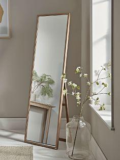 7 dicas de decoração com espelhos para deixar a sua casa mais moderna - 29/05/2020 - UOL Nossa Room Ideas Bedroom, Home Decor Bedroom, Bedroom Furniture, Gold Room Decor, Mirror Furniture, Furniture Design, Spiegel Design, Aesthetic Room Decor, Aesthetic Girl