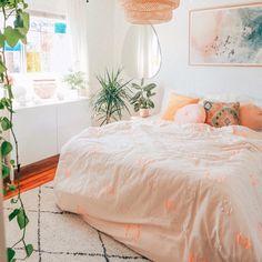 Room Ideas Bedroom, Dream Bedroom, Bright Bedroom Ideas, Peach Bedroom, Peach Rooms, Urban Rooms, Boho Dorm Room, Pastel Room, Aesthetic Bedroom