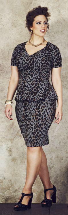 86a3d951e9cd4 23 Trendy Plus-Size Clothing Sites for Large Women Sizes –. Animal Print  Love · Plus Size Leopard Print Dress