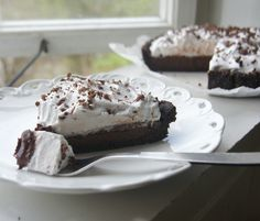 Sinless Vegan Chocolate Cream Pie » Sounds amazing!