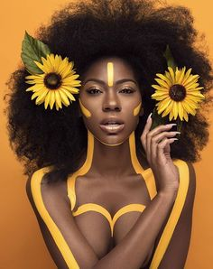 Model: @danielledesirrexoxo Mua/Concept/Art direction/flowers & paint: @moshoodat