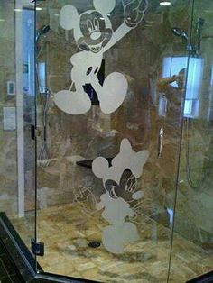 disney house decor Mickey and Minnie Mouse Shower Decal Mickey Mouse Bathroom, Mickey Mouse House, Mickey Minnie Mouse, Disney Mickey, Mickey Mouse Kitchen, Disney Themed Rooms, Disney Bedrooms, Disney Home Decor, Disney Diy
