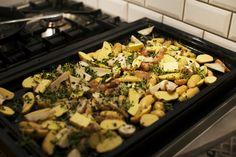 Potatis och jordärtskockor i ugn med timjan